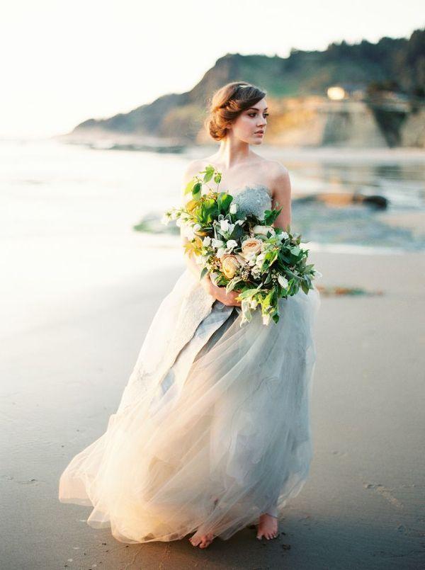 ea97c7da5edbefe60cd79d0cc9acc3a8--perfect-wedding-dress-dress-for-wedding.jpg