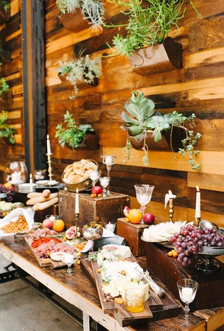 2015_bridescom-Editorial_Images-08-wedding-food-bar-ideas-Large-wedding-food-bar-ideas-Brklyn-View-Photography.jpg
