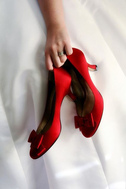 spot-lighted-red-bridal-shoes-7.jpg