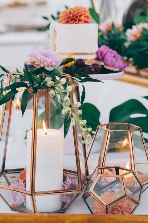 12-a-totally-elegant-way-to-fuse-candles-and-florals-for-striking-centerpieces.jpg