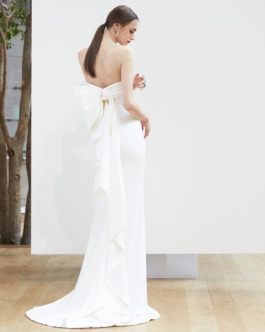 oscar-de-la-renta-wedding-dress-spring2018-6347946-5_vert.jpg