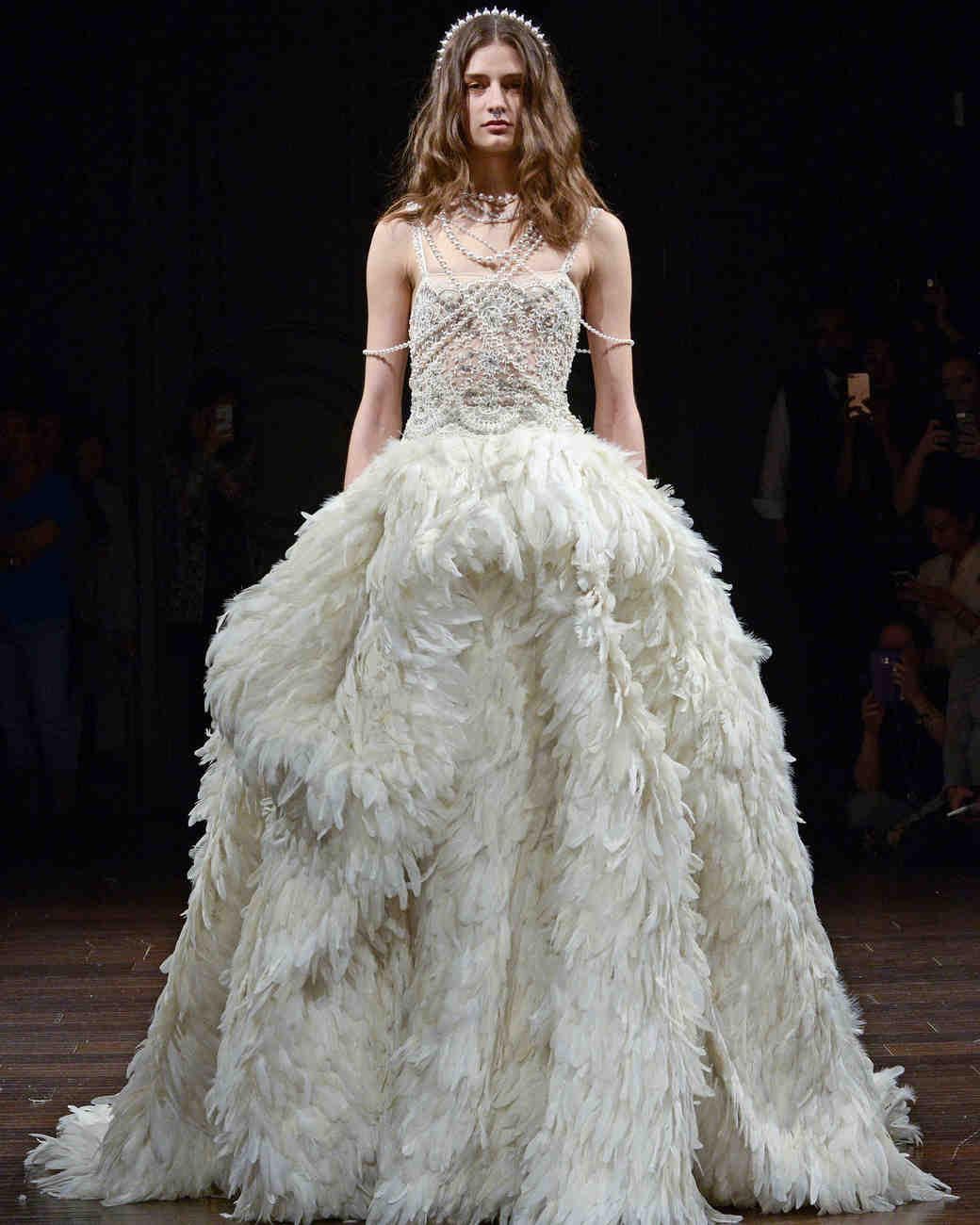 naeem-khan-wedding-dress-spring2018-6339053-021_vert.jpg