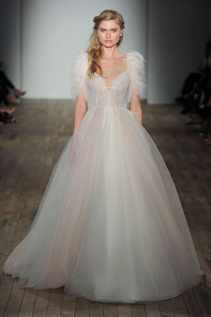 feathers-spring-2018-wedding-dress-trend-hayley-paige.jpg