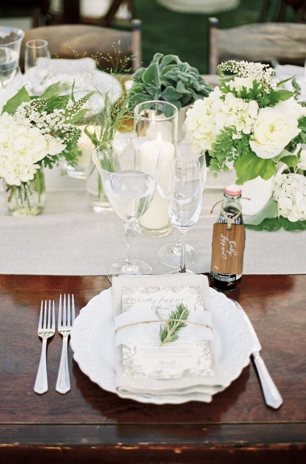 Green-wedding-table-decorations-ideas.jpg