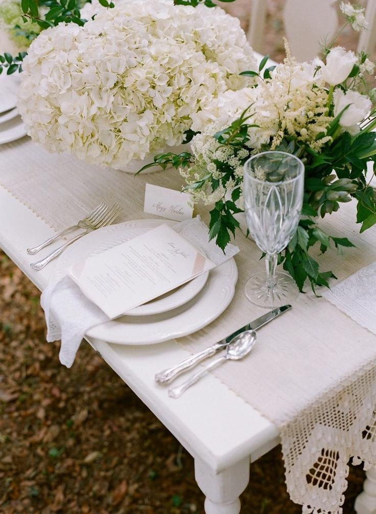 Green-wedding-table-decorations-ideas1.jpg