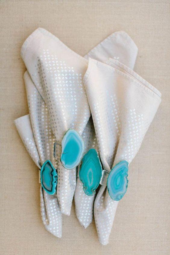 09-turquoise-geode-napkin-rings-for-chic-table-decor.jpg
