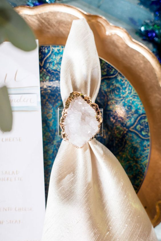 10-white-crystal-with-a-gold-edge-napkin-ring-can-be-DIYed.jpg