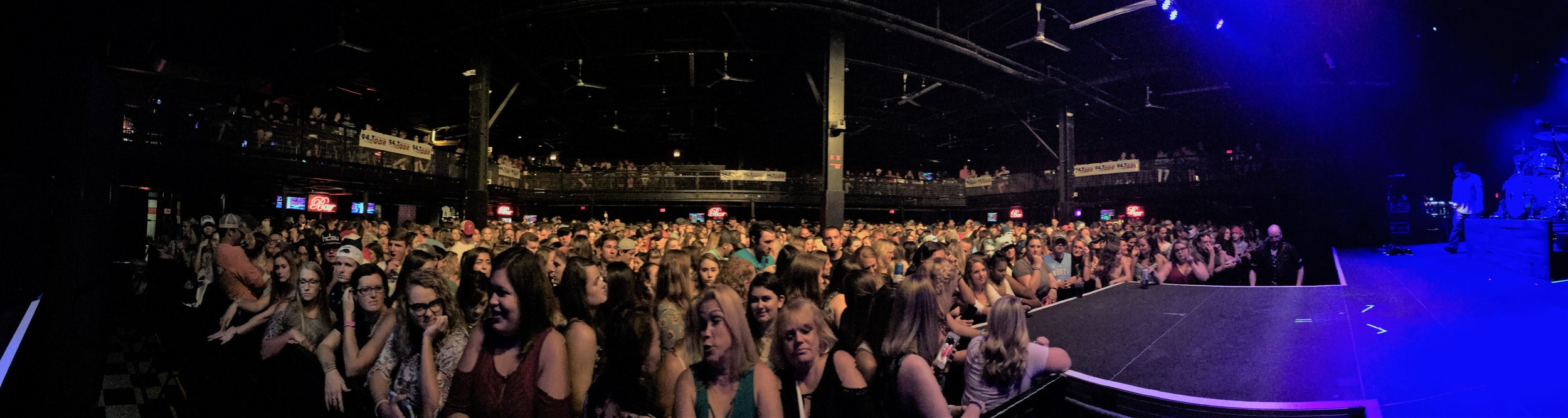 iphone capture of the crowd getting ready for Chase Rice to come on.