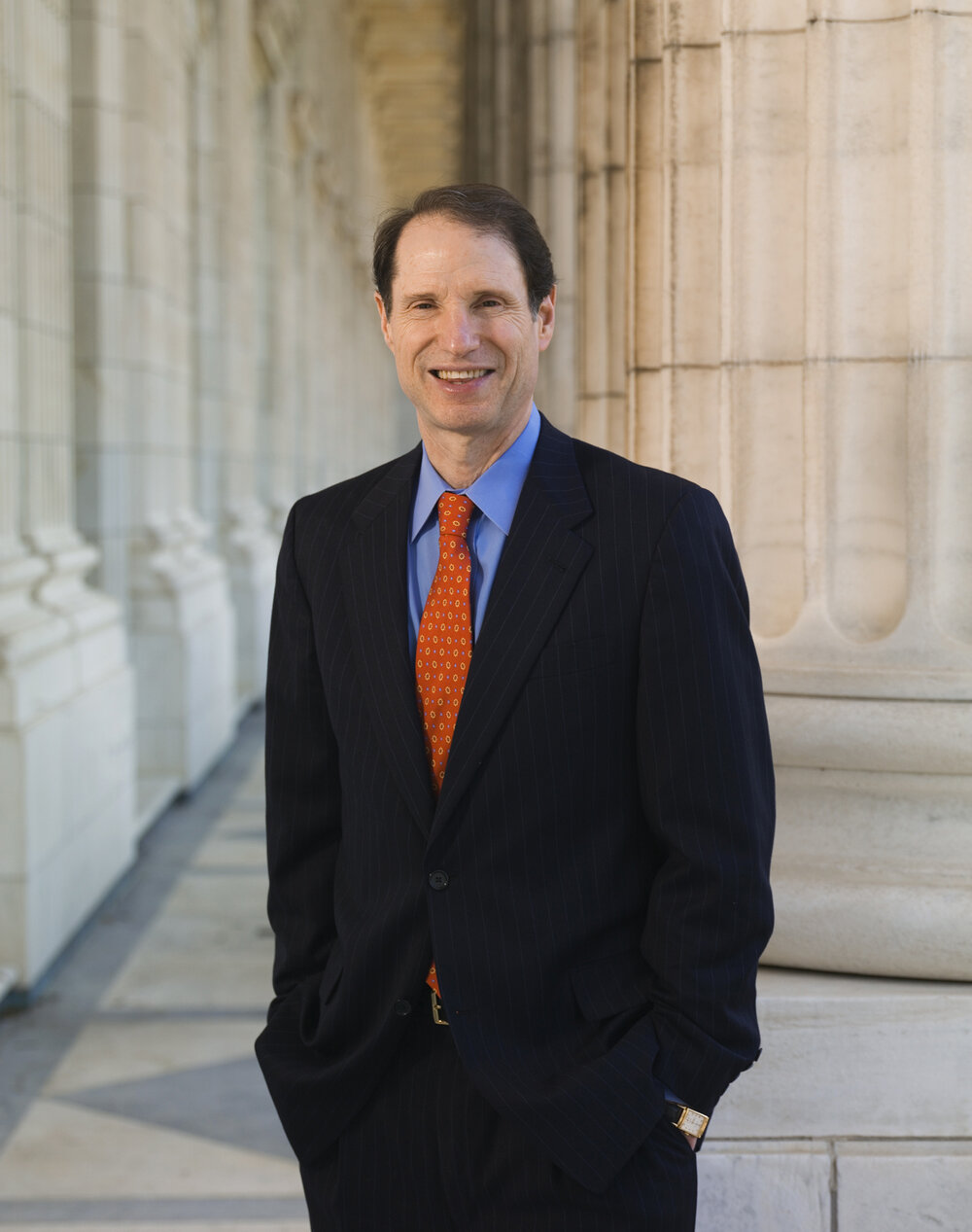 SENATOR RON WYDEN  (COURTESY OF WWW.WYDEN.SENATE.GOV)