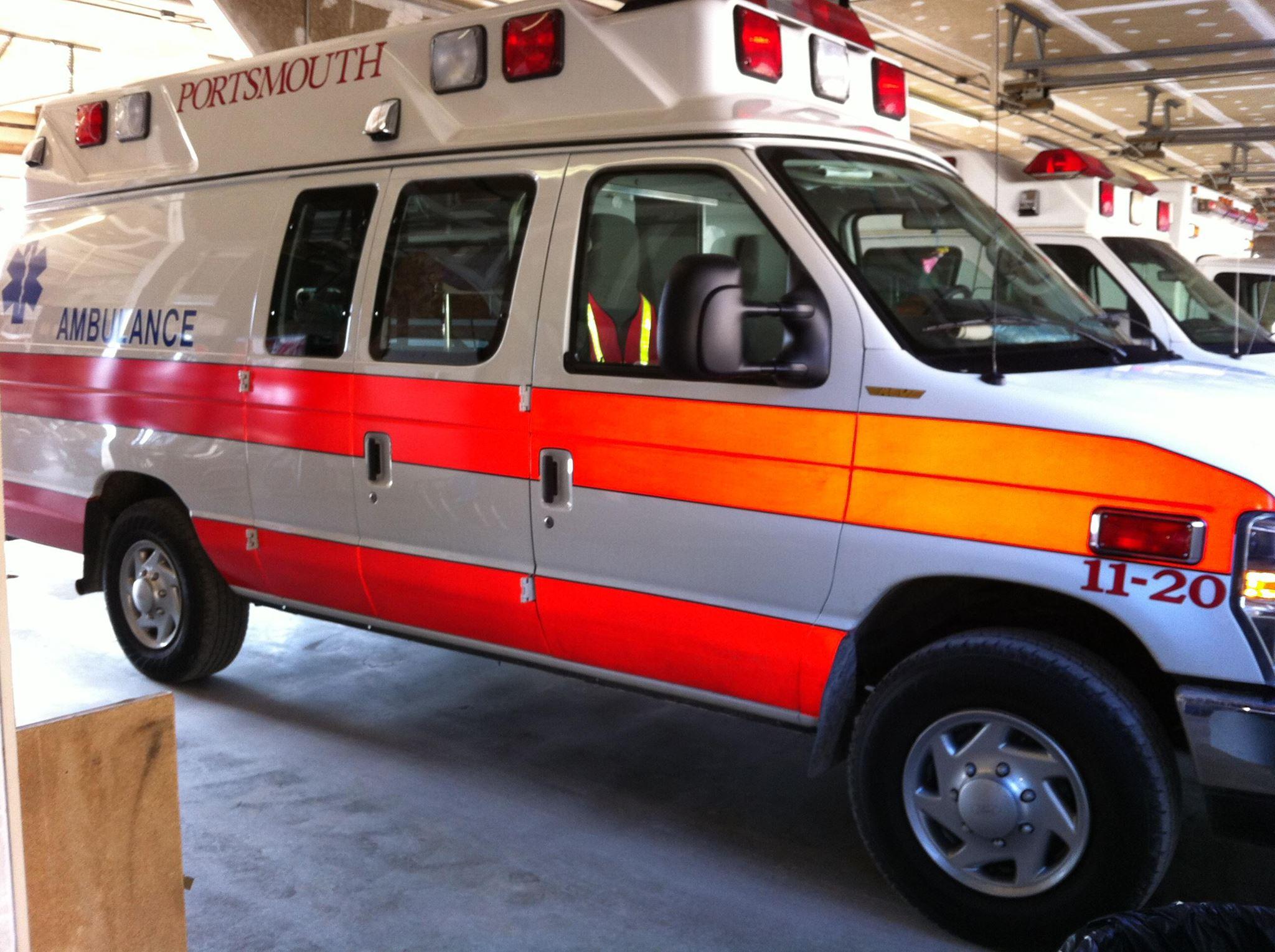 Portsmouth emergency ambulance.jpg