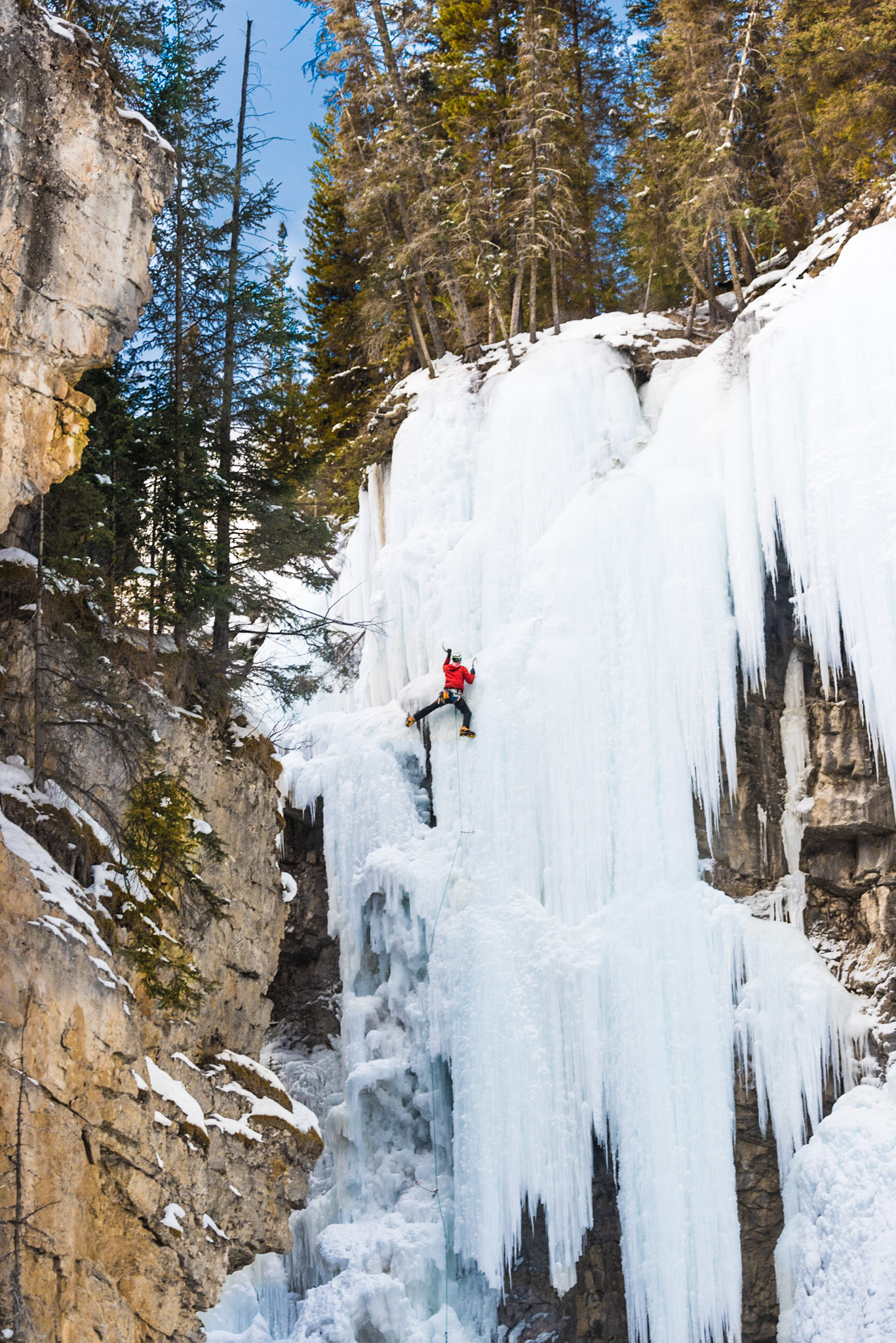 Chelsea Czibere - January 25, 2019 - Johnston Canyon-10.jpg