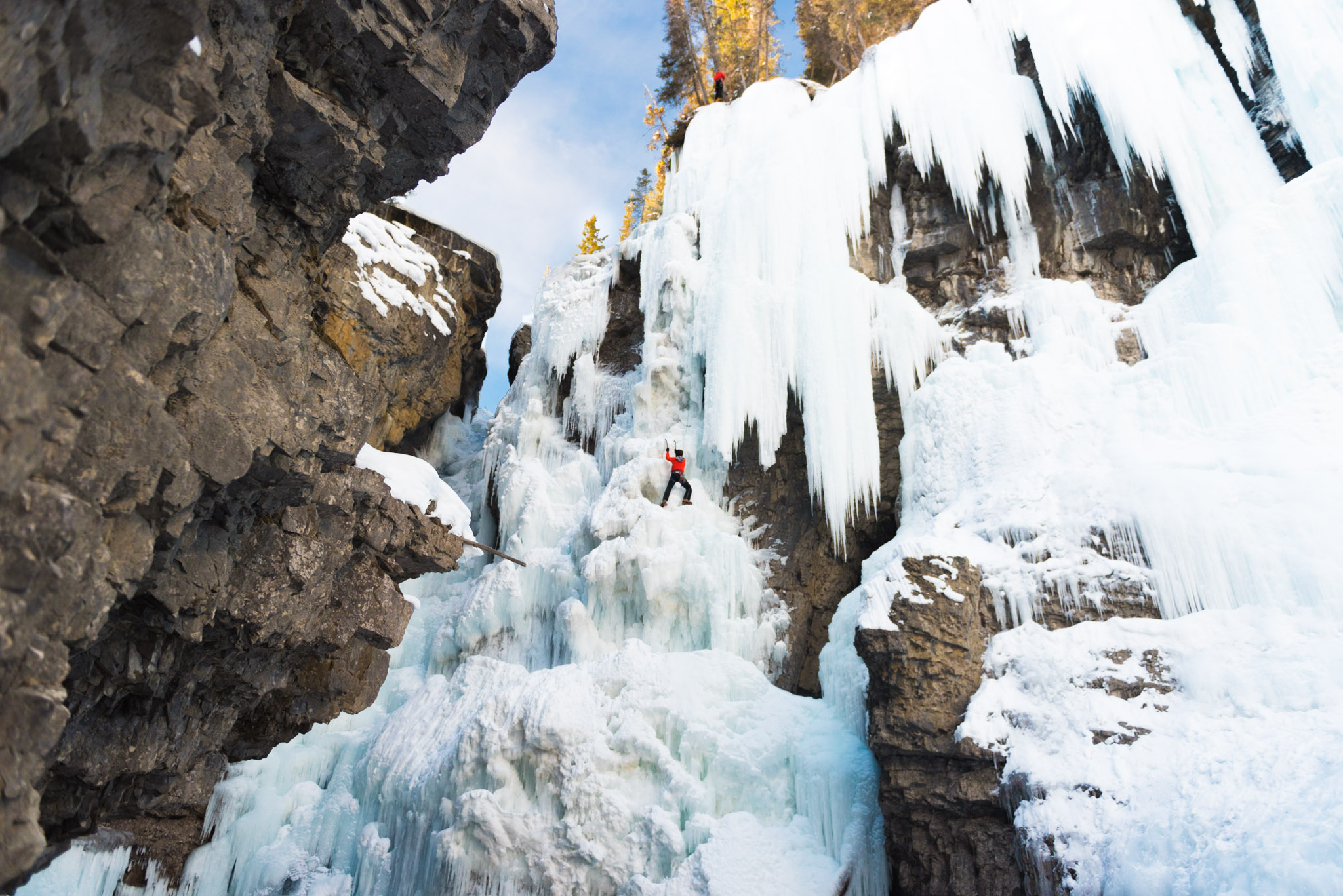 Chelsea Czibere - January 25, 2019 - Johnston Canyon-21.jpg