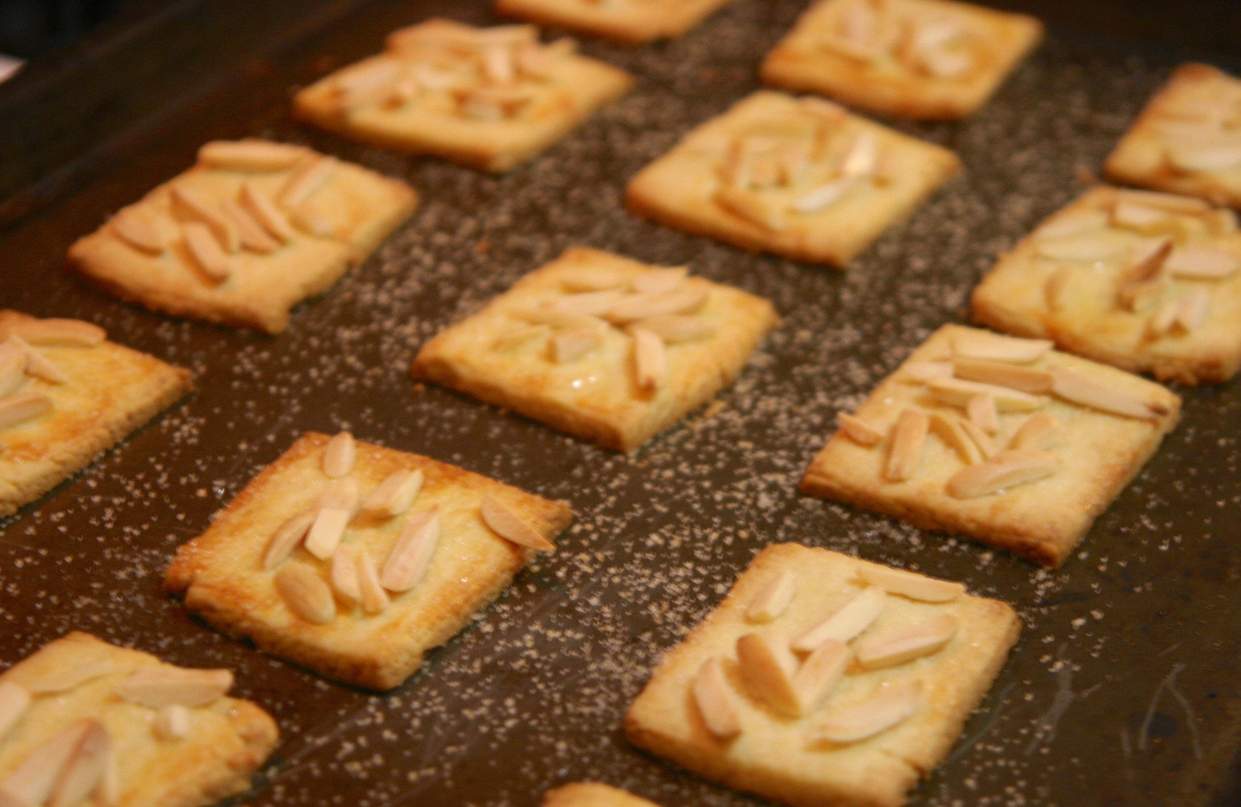 Almondcookies3.jpg