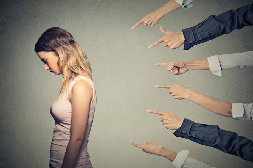 woman with social anxiety around judgment