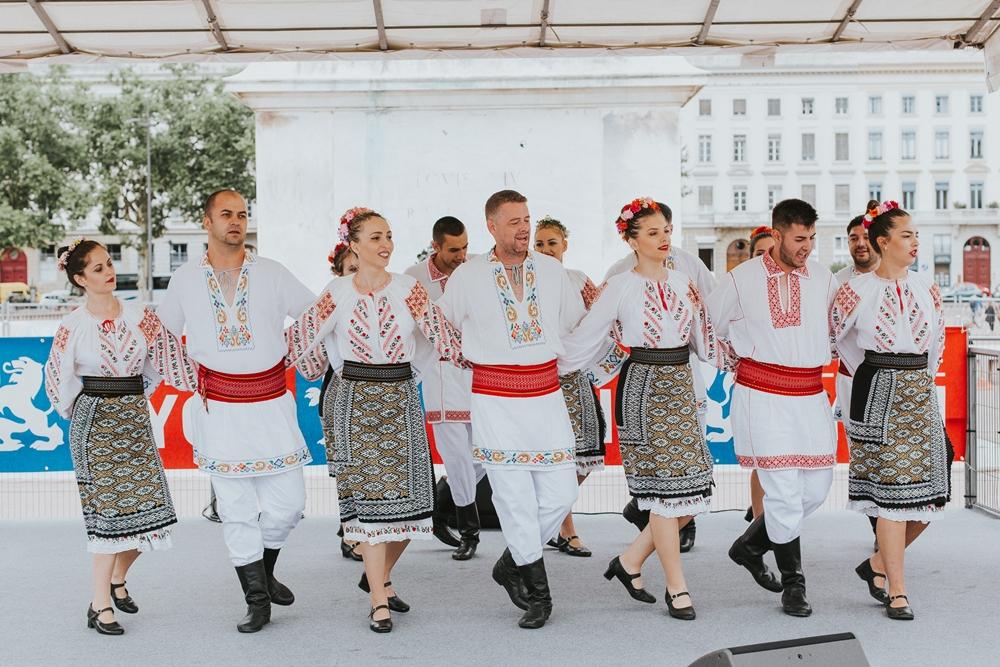 """Folk Group """"Ciuleandra"""", from Topoloveni, Romania"""