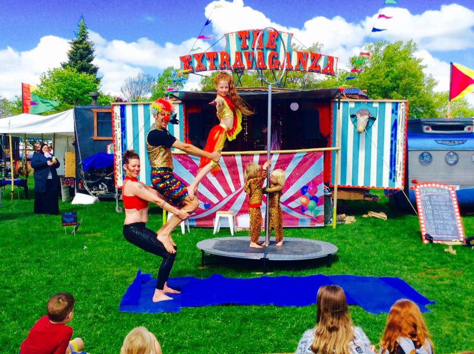 The fabulous Ashton Family Circus - live shows twice daily!