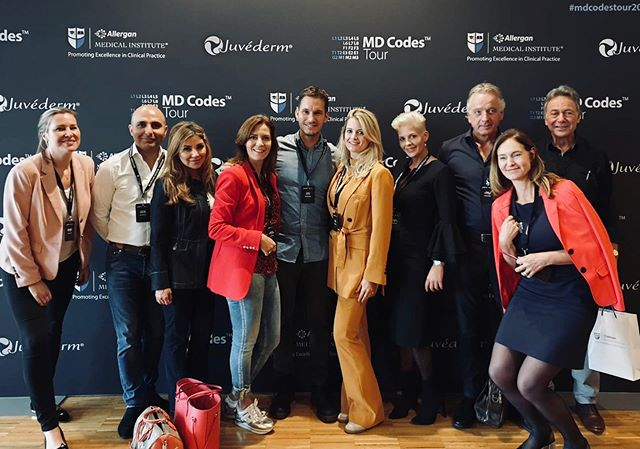 One of the most inspiring conferences so far✨👌🏻 Always love to see the pure passion of @mauriciodemaio to bring aesthetics to a higher level❣️Surgical results, only with fillers 💉 @allergan #juvederm @allergan_medical_institute #mdcodes #mddynacodes @annebethkroeskop @joostkroonkliniek @vanrosmalenkliniek @meikekerstens @naturalbeautykliniek @artour_jan @martinevanderaa @dokterdesiree 🇸🇪⭐️