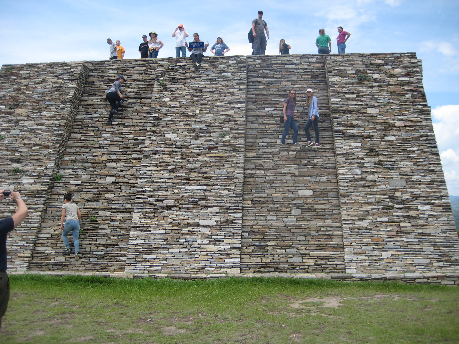 Des & I on steps of Mayan Ruins.JPG