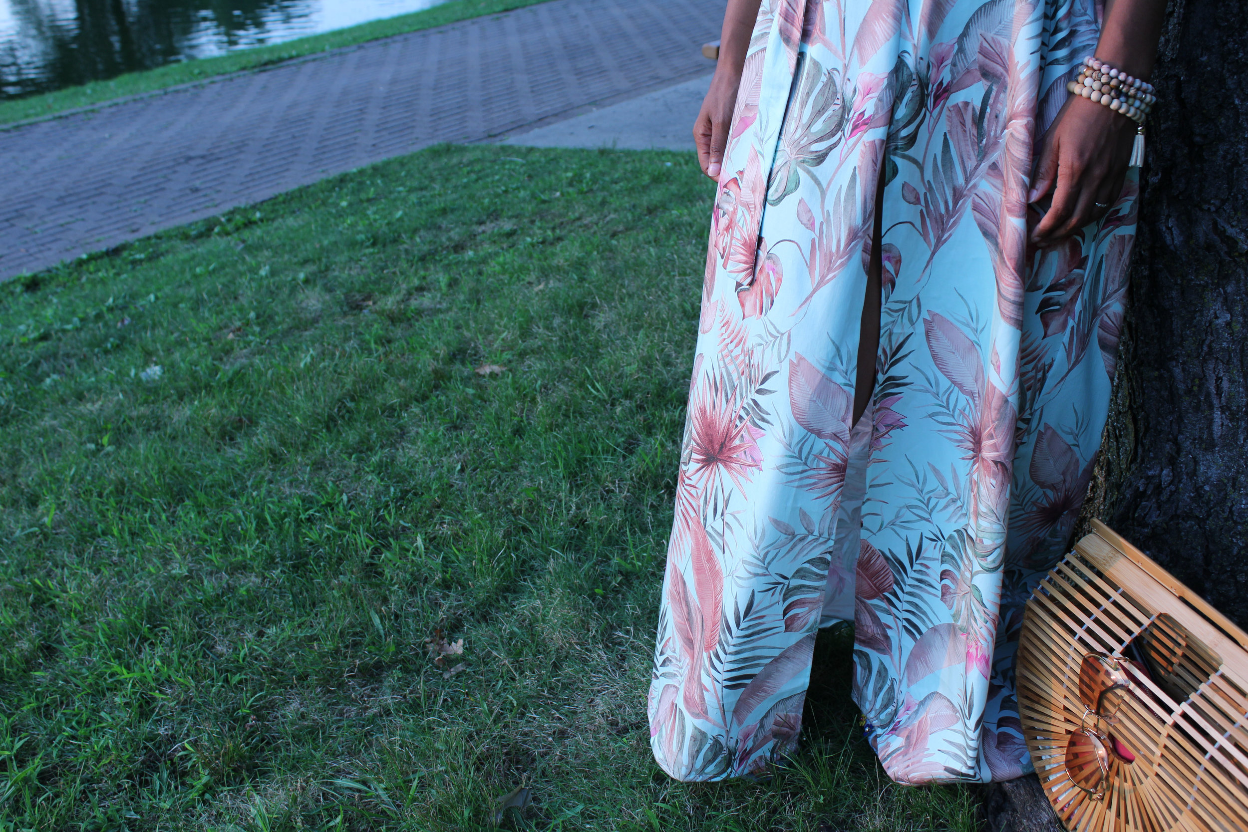 dresscloseup.jpg