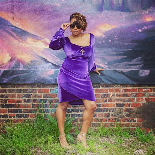 "Happy birthday to the G.O.A.T Prince! ""I Truly Adore You"" 🎶 I love me some Prince y'all!! Listening to his music while I sew is a must!! 💜💜💜 ✂️ Check out my post and get all the details on this free pattern The Bellium Dress, from @moodfabrics ✂️ Accessories: @sassaries Fabric: @moodfabrics Model: my beautiful sister @tray11208"