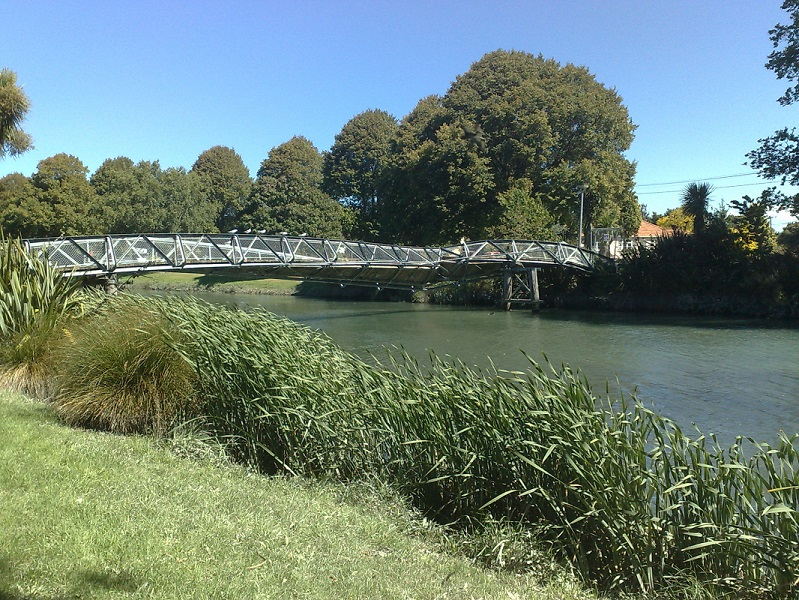 Christchurch Bridge.jpg