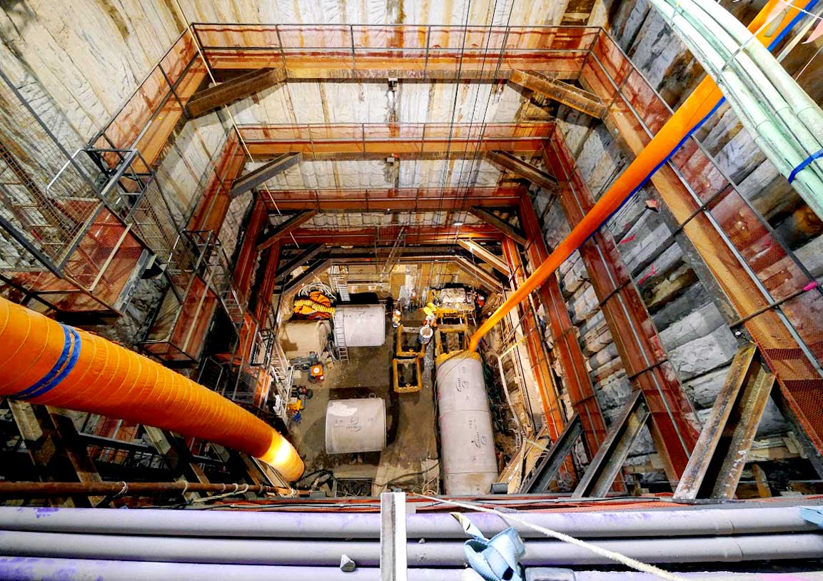 C2_construction_tunnel_view_from_top.jpg