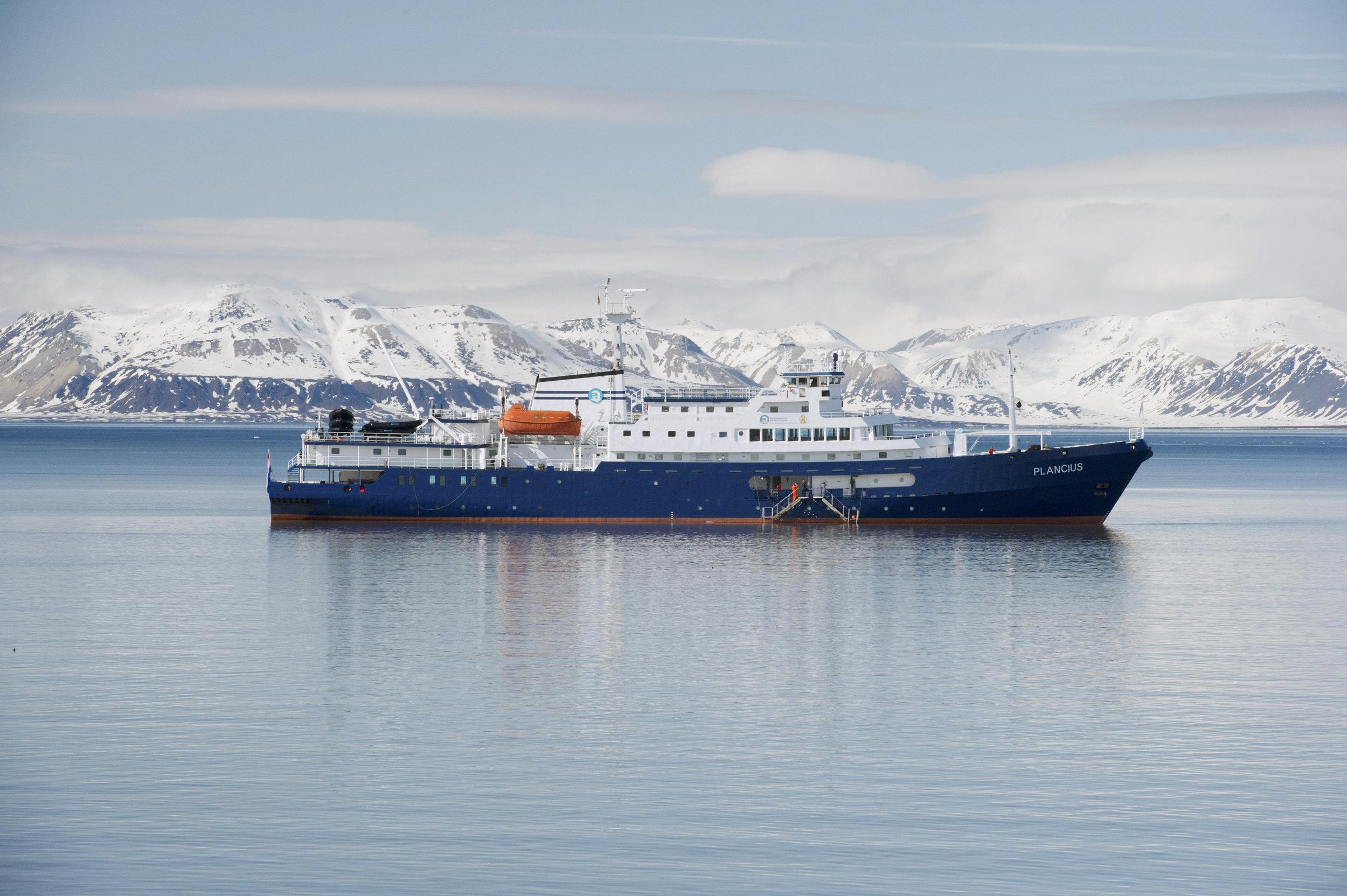 Plancius at Ny Alesund, Spitsbergen_Josh Harrison.jpeg