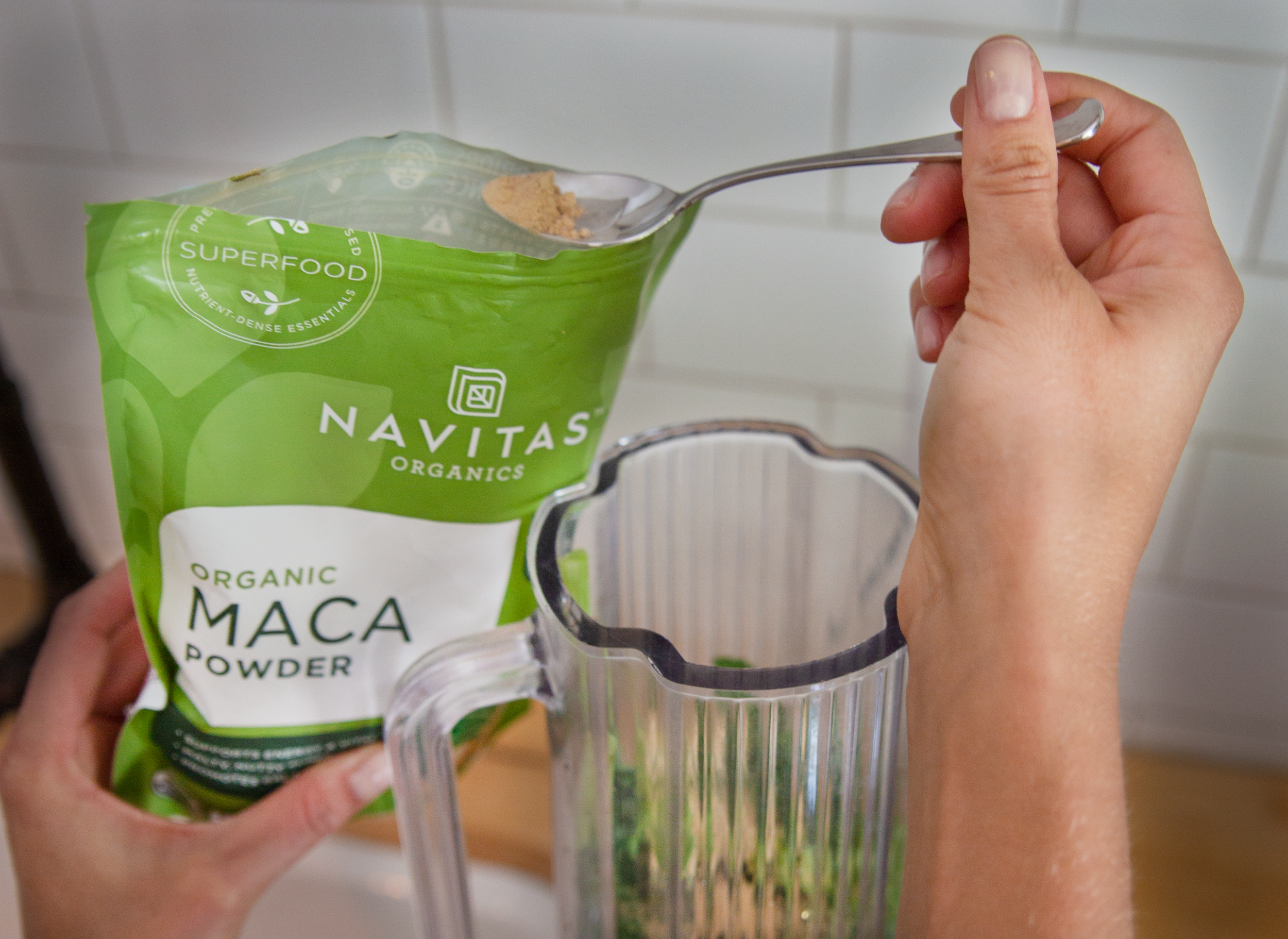 Copy of navitas smoothie .jpg