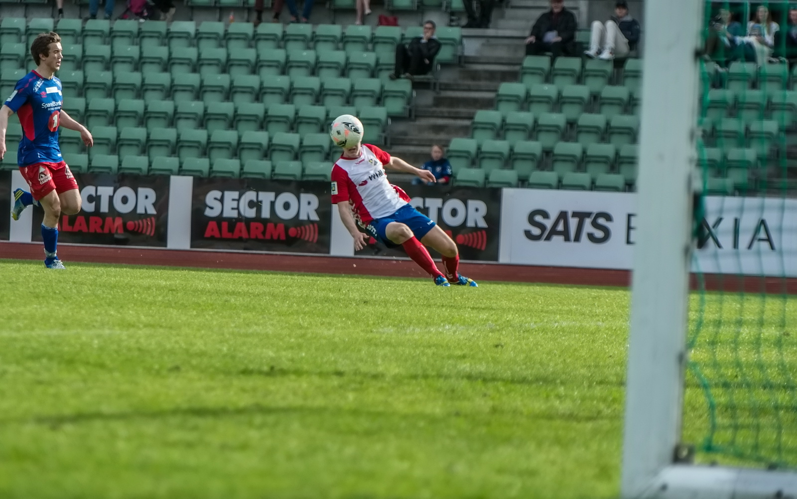 Vi trenger noen ferske matchbilder av gutta, og det skal vi ordne i Drammen!