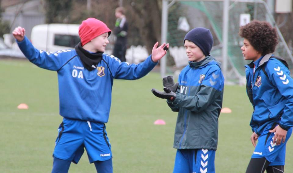 Bilde tatt fra tidligere kamp: Men disse tre spillerne var i aksjon igår! (Osmund, Håkon og Selasi
