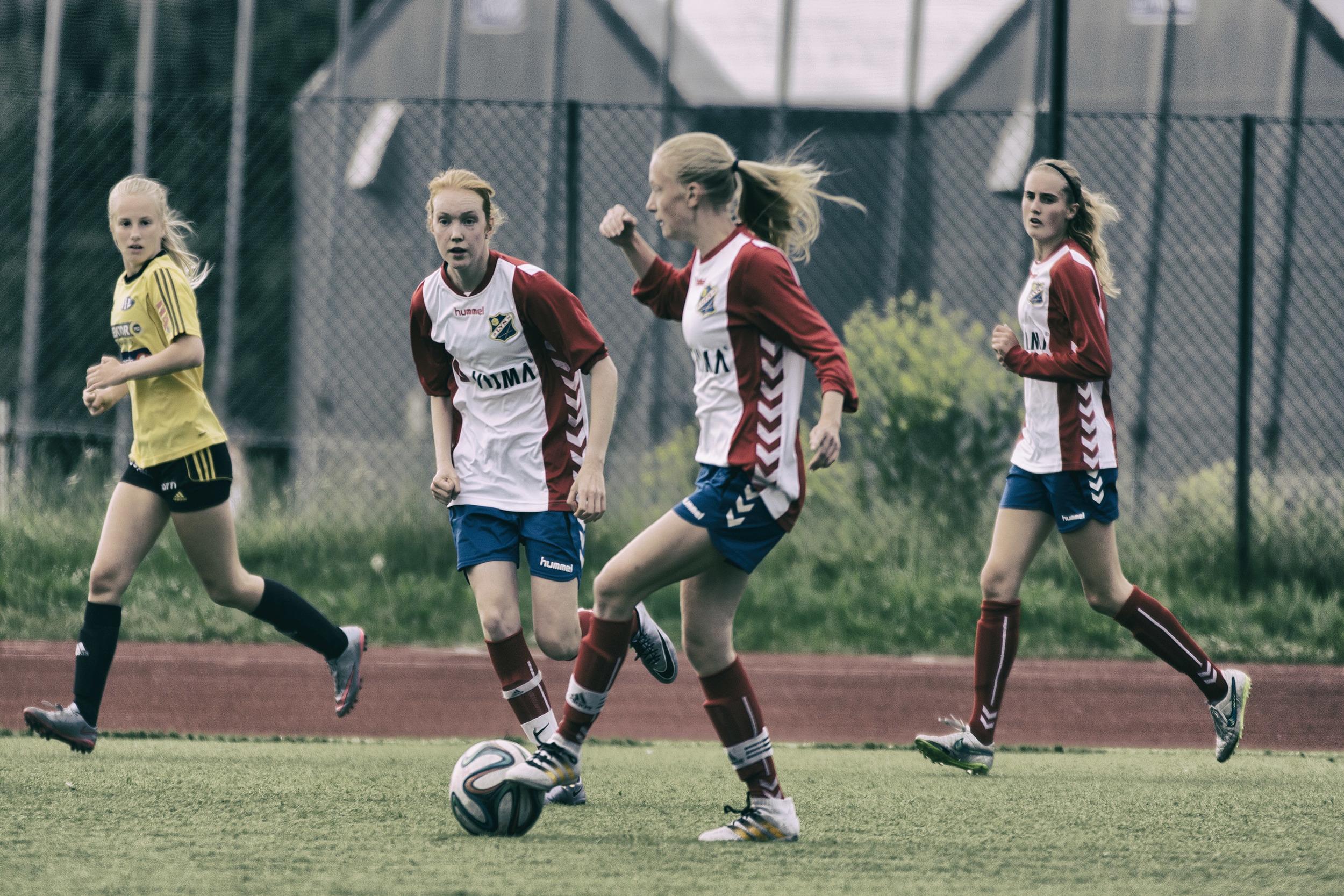 Una med kontroll på ball  Foto: Gunhild Lien