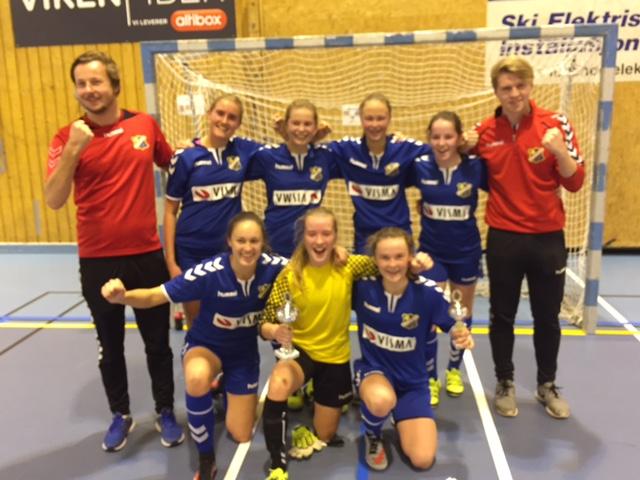 Fornøyde vinnere etter 7-2 over Ekholt i finalen