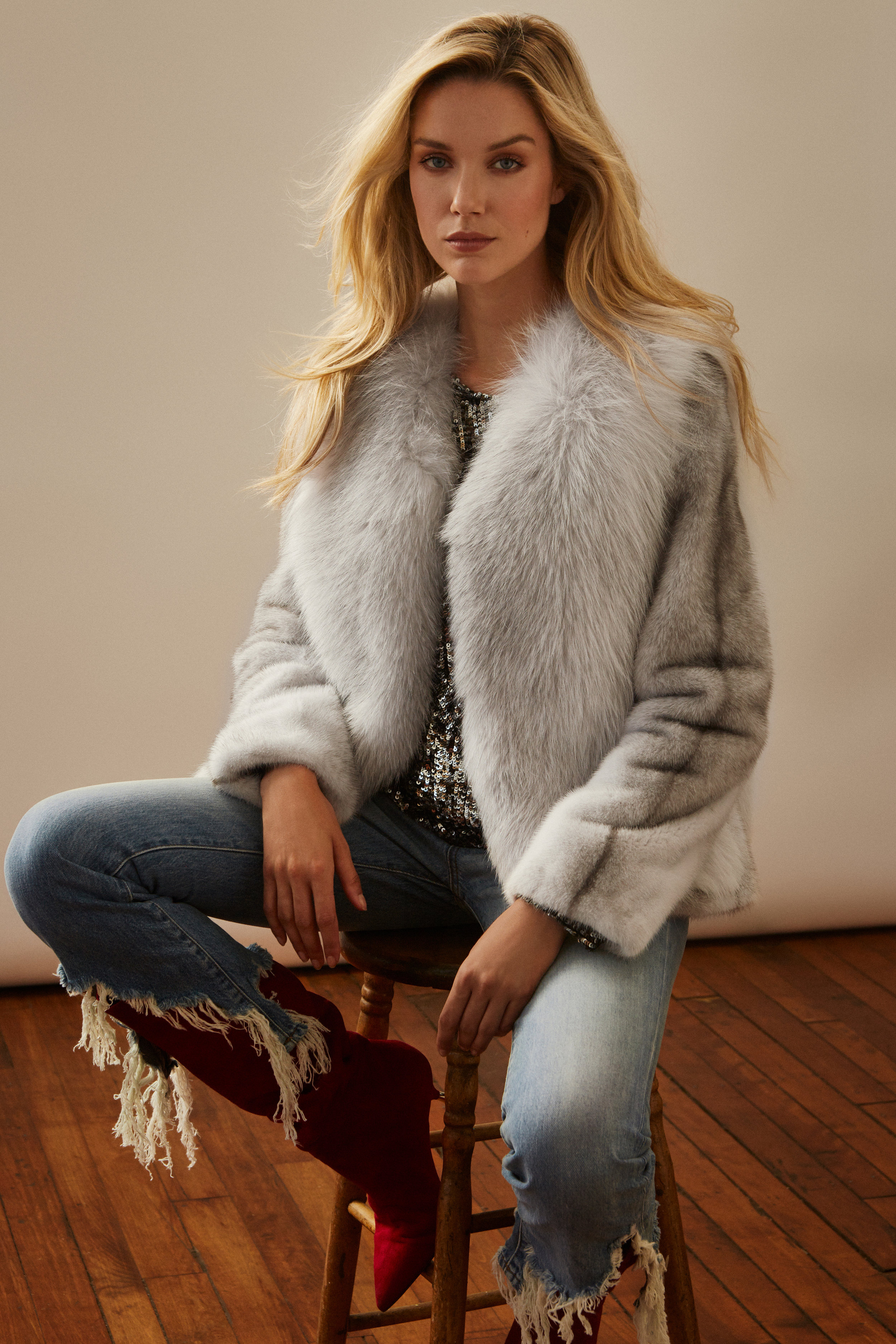 campaign for   LYSA LASH   hair&makeup   KARIMA VEZINA (ST-GERMAIN)   model   MARIE-LAURENCE(FOLIO)    styling   RIMA CHAHINE