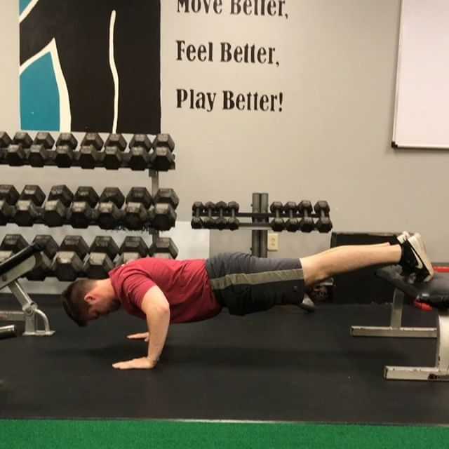 4 variations to take your push ups to the next level. @strengthcoachrob #strengthandconditioning #corestrength #chiro #pushupsfordays #coach