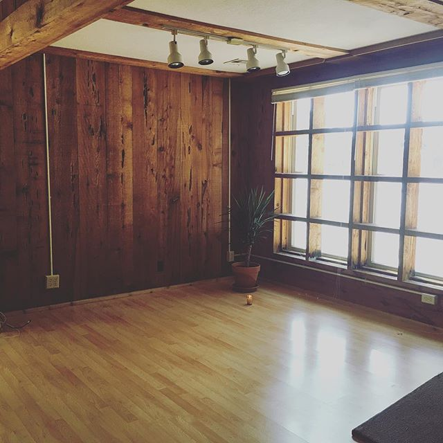 Candid Creative has space now 🙌 I can't wait to create wildly here.