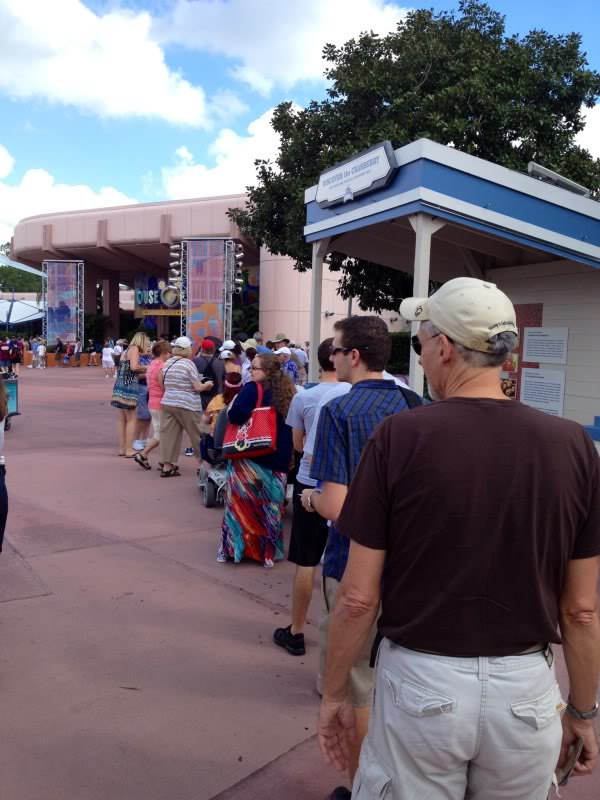 Behold, the lines for the 30th anniversary merchandise