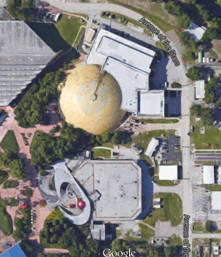 Look at all the amazing space stuff that would fit in that golden dome