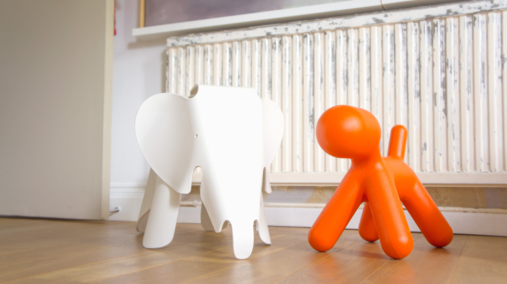 Eames' Elephant - Vitra ( bit.ly/1sOVwyE ) and Aarnio's Puppy - Magis ( bit.ly/1OgMa8n )