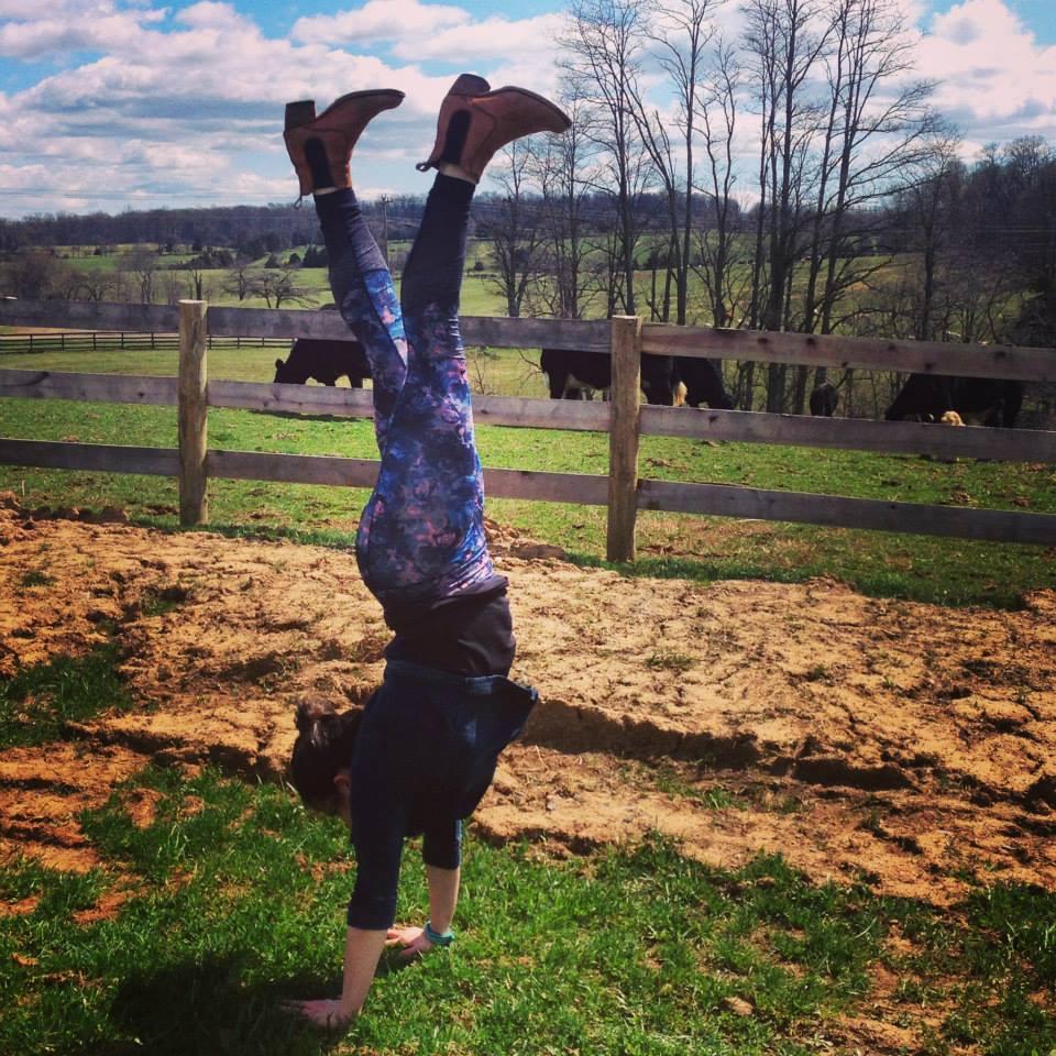 handstand 2.jpg
