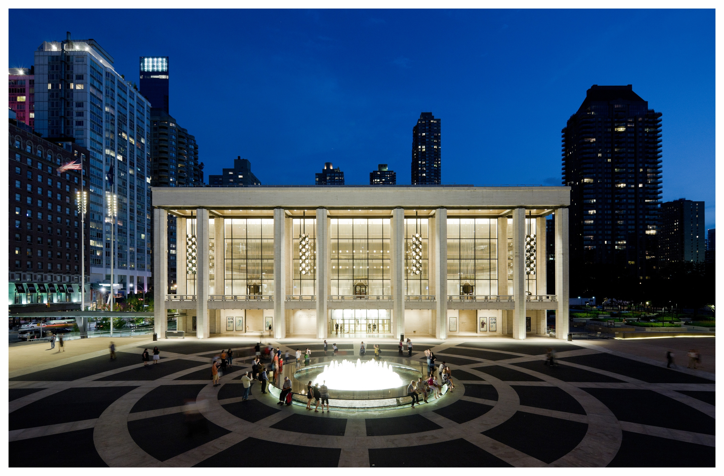 Lincoln Center Plazas_03_DNedit.jpg