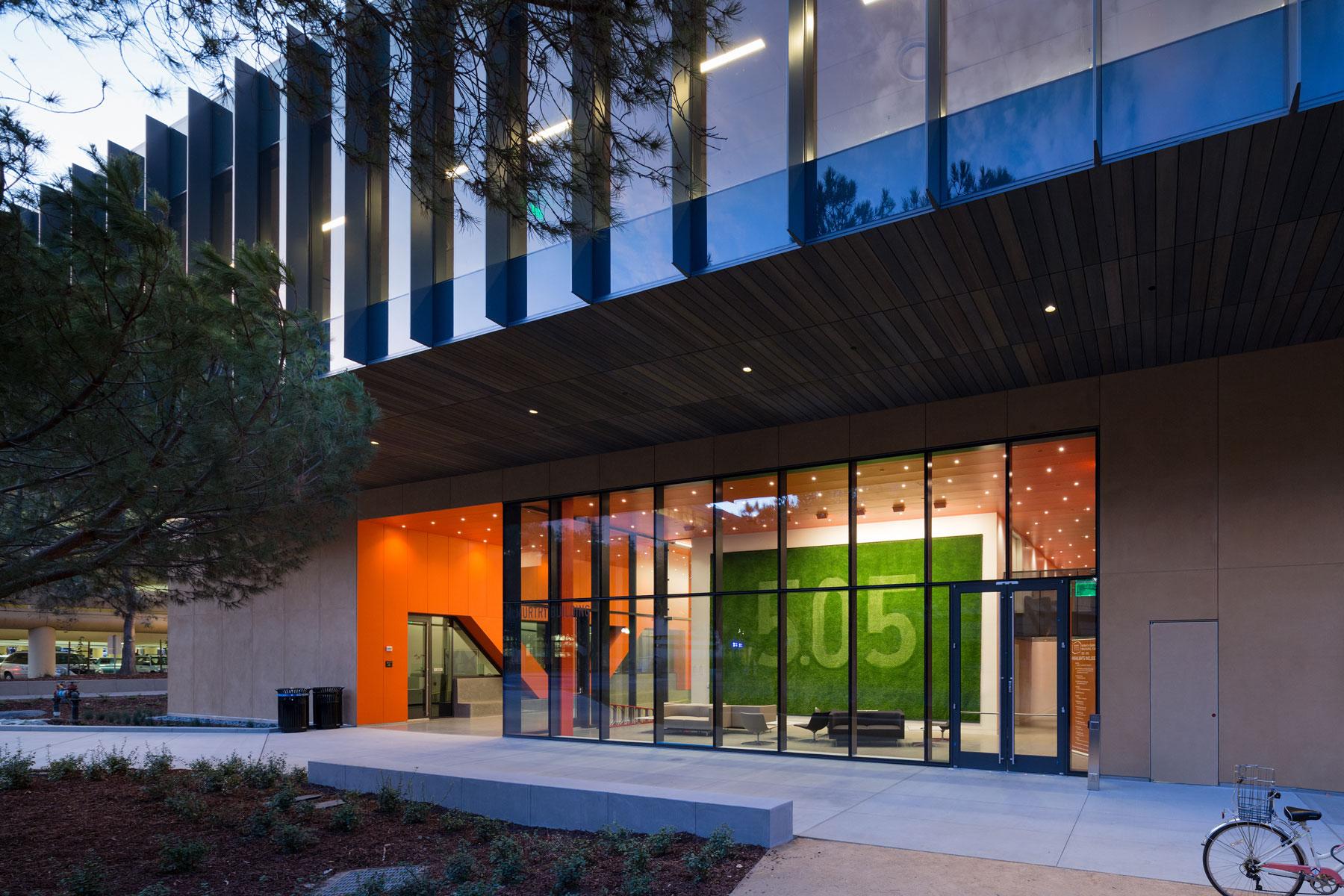 Stanford-DSR-15-09-7815.jpg