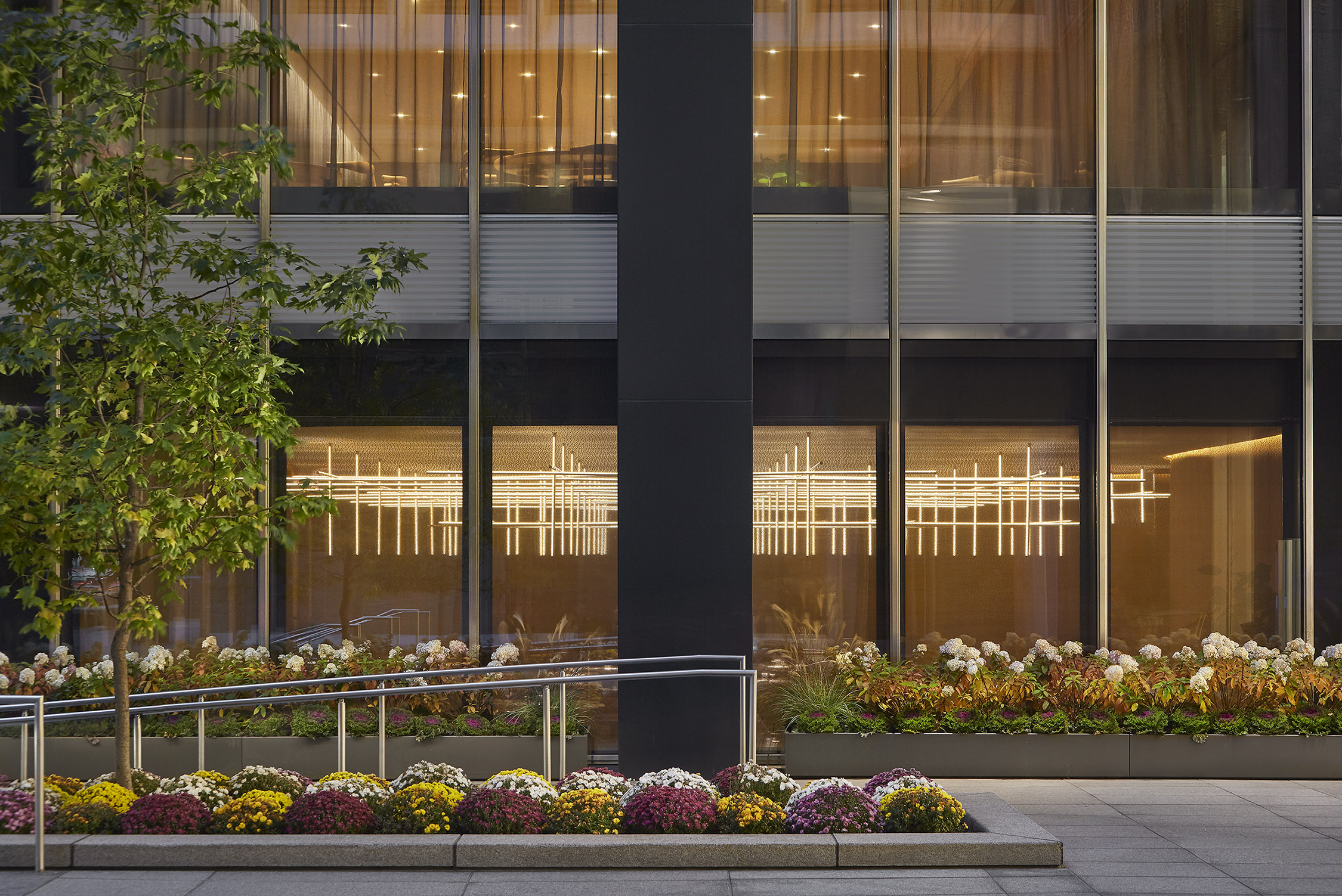 The Four Seasons Restaurant in New York City with lighting desig