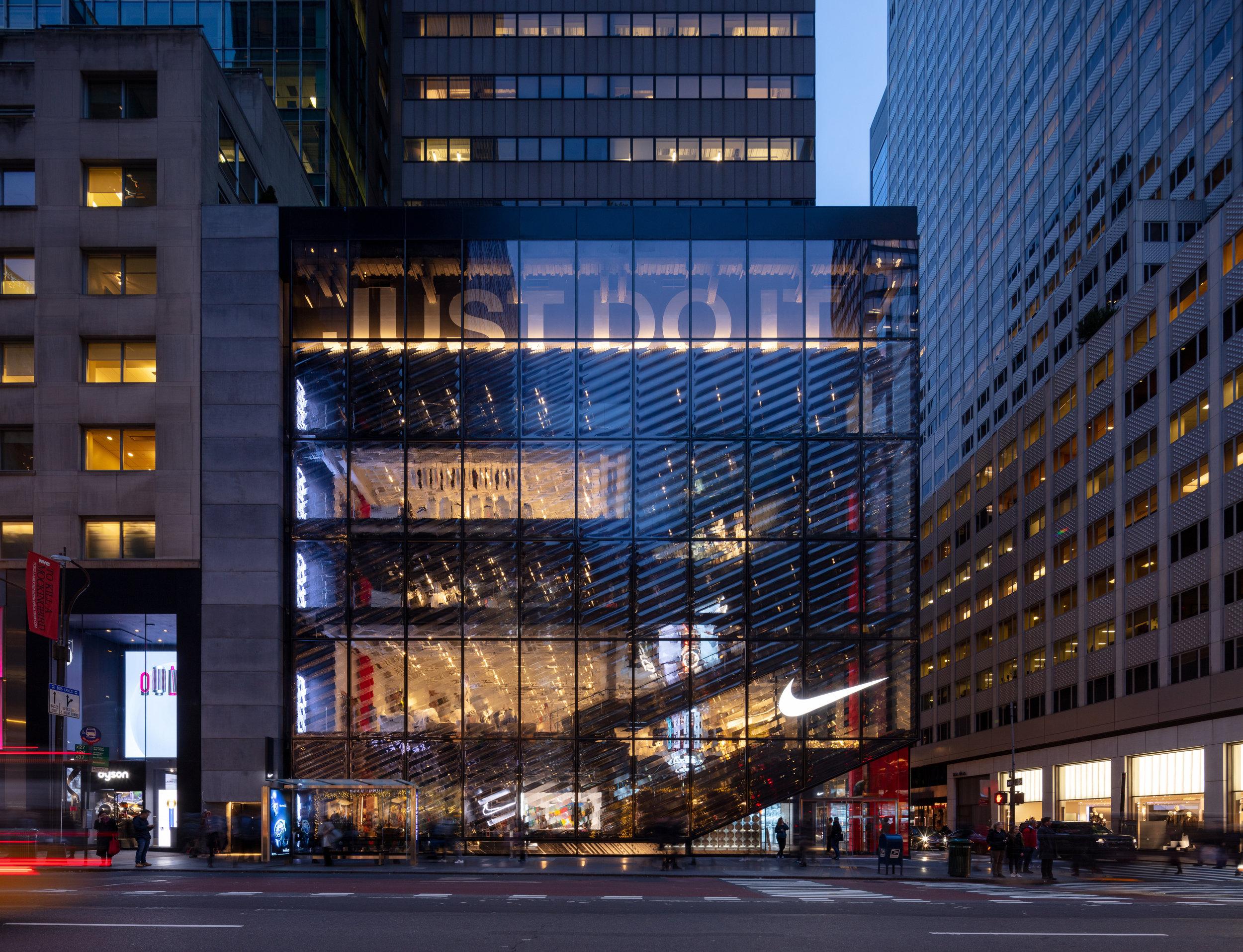 Nike House of Innovation 000 | New York, NY | CallisonRTKL