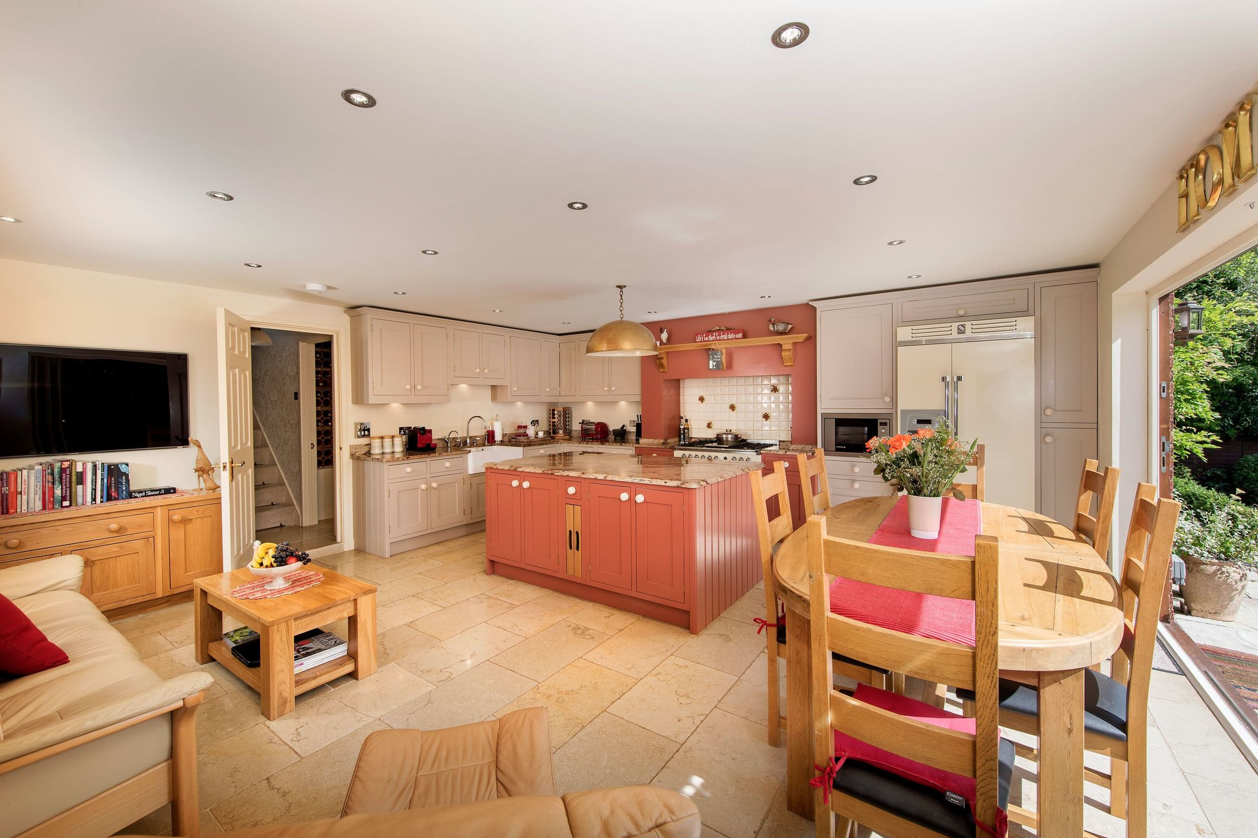 Draycote-Kitchen-02A.jpg