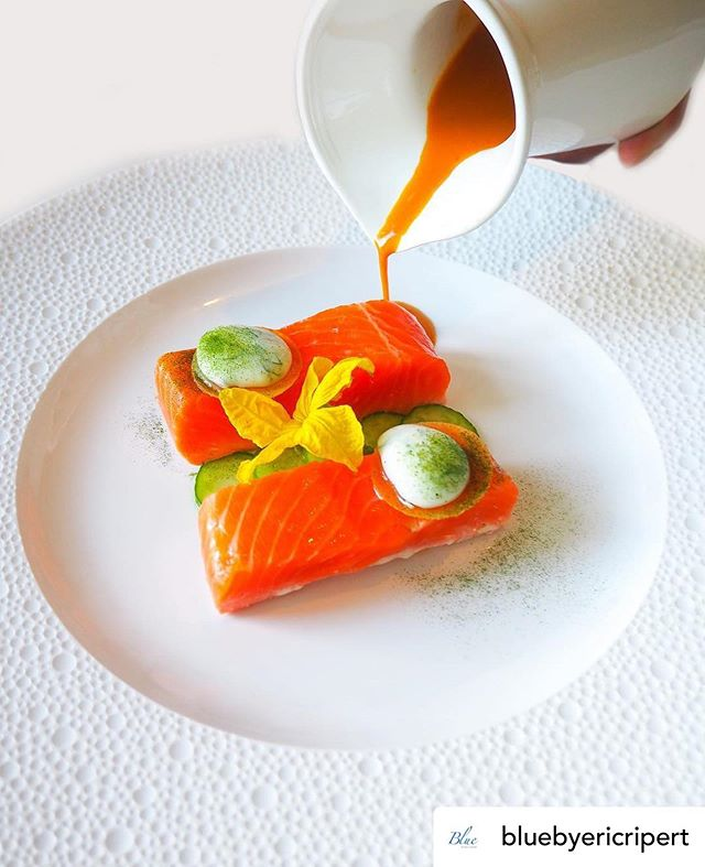 TRIP GIVEAWAY! Visit the @visitcaymanislands and @aspentraveladvisors booth at the Aspen Food & Wine grand tasting tent to sign up for a FREE TRIP and @caymancookoutofficial 2020 exclusive offers (Hosted by @ericripert)! 🏝🛩🍷. #🐠 by @bluebyericripert KING SALMON Baked Salmon, Pickled Cucumber, Yoghurt, Indian Spiced Jus.