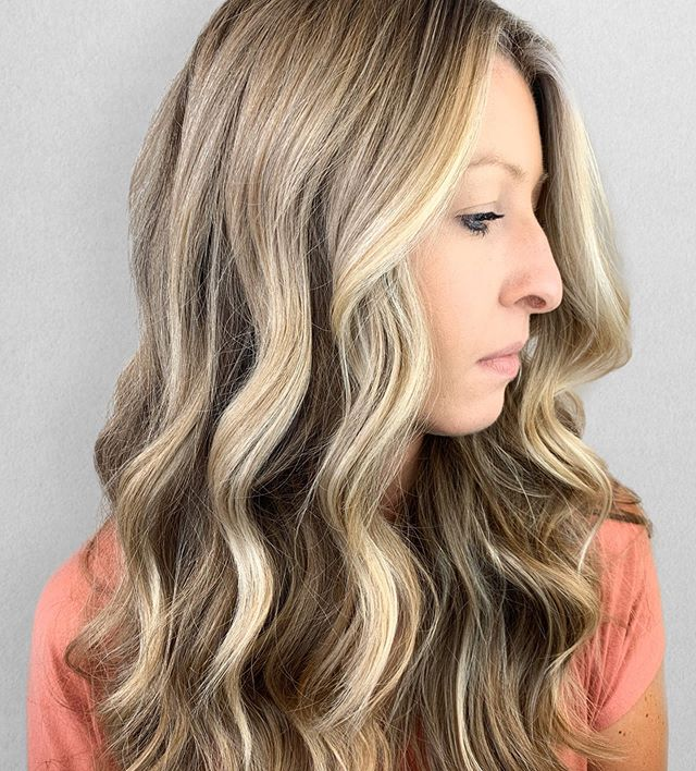 R I B B O N S of BRIGHTNESS ✨ •⠀⠀⠀⠀⠀⠀⠀⠀⠀ Color + Cut + Style = @seanmichaelhair || 📍= @thesalonbeau ➡️ For Appointments : Call or Book Online. Phone number and link in bio! ⠀⠀⠀⠀⠀⠀⠀⠀⠀ •⠀⠀⠀⠀⠀⠀⠀⠀⠀ •⠀⠀⠀⠀⠀⠀⠀⠀⠀ #seanmichaelhair #beautylaunchpad #behindthechair #americansalon #btcfirstfeature #hairlove #distinctlynorthshore #mastersofbalayage #bestofbalayage #thesalonbeau #licensedtocreate #ittakesapro #modernsalon #blondebalayage #balayage #andoversalon #hairphotography #citiesbesthairartists #bostonma #bestofboston #bestofnorthshore #hairpictures #productclub @productclub #hairlove #getintheclub #hairoftheday #scagree #yeshairdotcom #hairinspo #haireducation