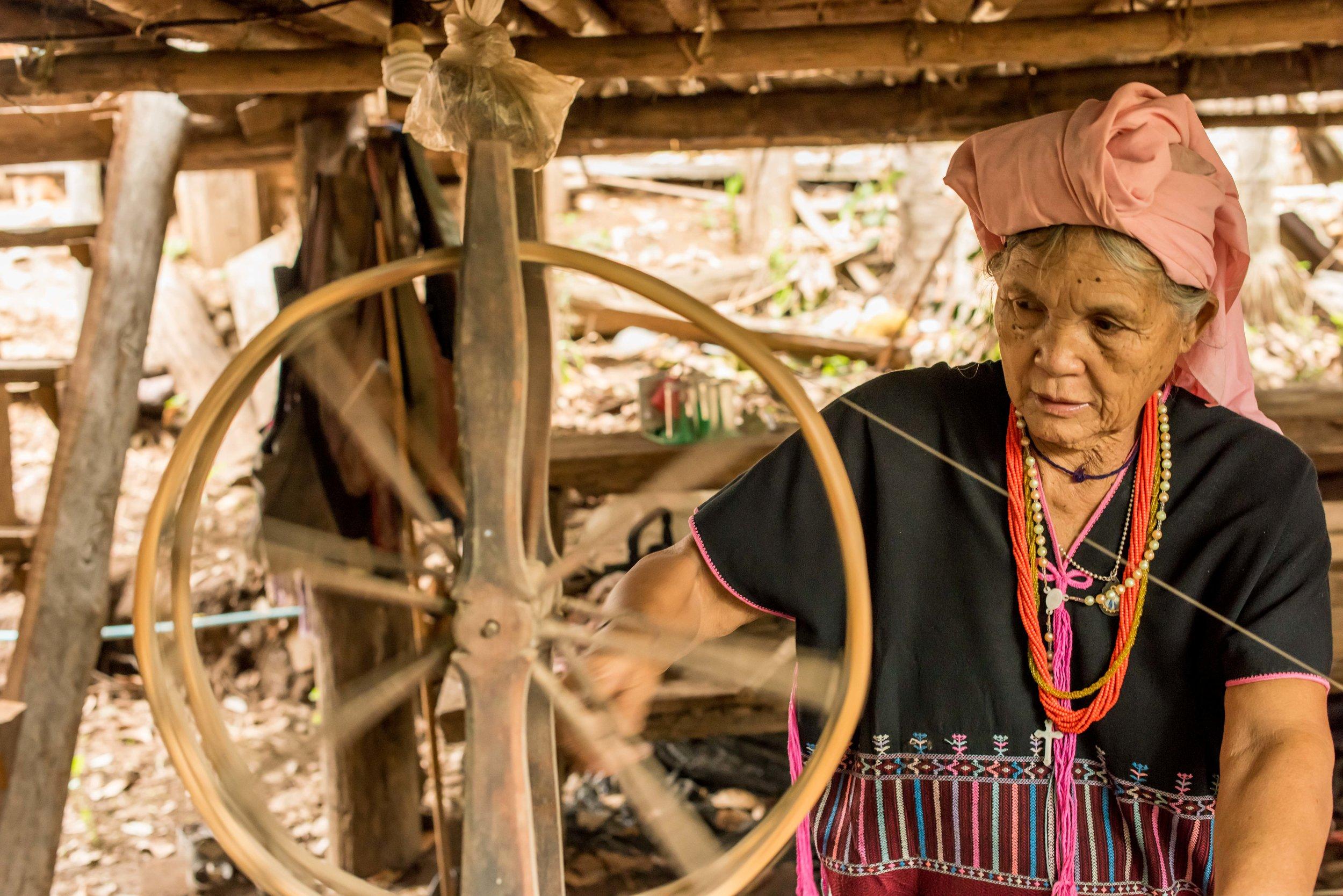 karen weaving-1.jpg