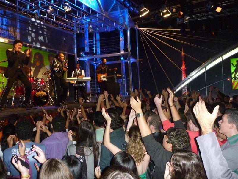 Brazil_TV_2__Medium_.jpg