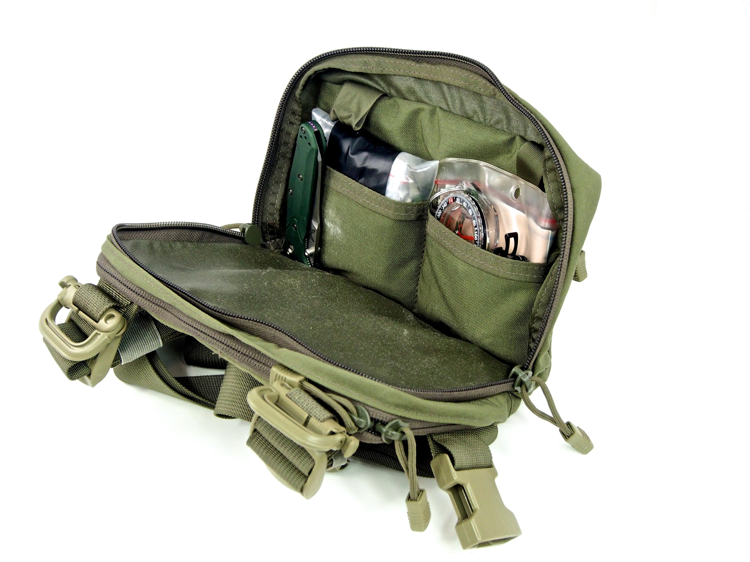 Organization inside the main compartment makes taking those small items with you into the backcountry less agrivating.