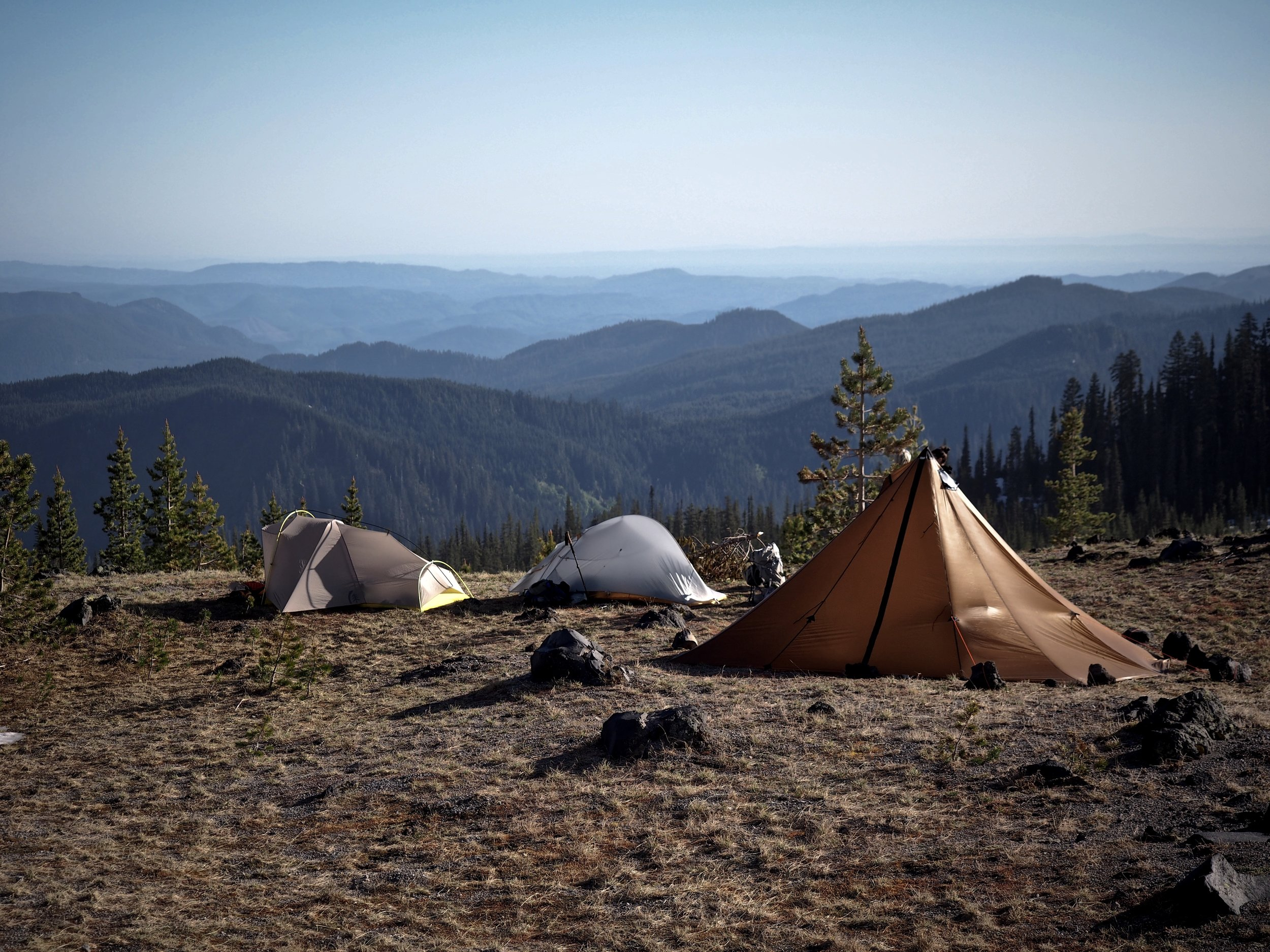 Here's a great shot of size comparison between the Redcliff, the Sierra Designs Lightning 2, and the Big Agnes Fly Creek.
